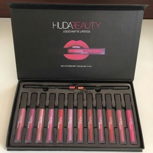 Huda Beauty lip gloss contour set 12pcs wallet lip contour kit waterproof matte lipgloss lipstick