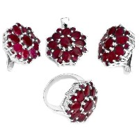 Faceted Ruby Pendant with Earrings and Ringセット スターリングシルバー