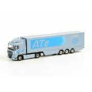 DAF DAF XF 105 Space Cab Box トレーラー3軸 /WSI 建設機械模型 1/50