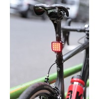 Knog(ノグ) リア16LEDライト(USB充電式)【Knog Blinder MOB KID GRID REAR 90°】