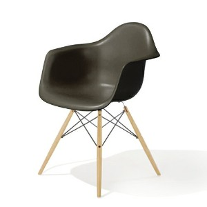 HM_EU8-09 Herman Miller ハーマンミラー Eames Shell Chairs イームズ アームシェルチェアDAW/ジャバ/メープル DAW.BK.UL.ZA.E8【送料無料】