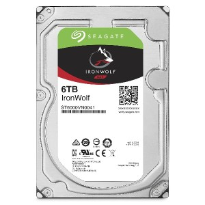 【Amazon.co.jp限定】Seagate 内蔵HDD IronWolf 3.5inch SATA 6Gb/s 6TB メーカー保証3年+1年 ST6000VN0041/EWN (FFP)