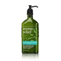 Bath & Body Works Aromatherapy Body Lotion with Free Hand Sanitizer (Eucalyptus Spearmint) [並行輸入品]