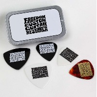 Freedom Custom Guitar Research SP-PC-01 Pick Container with 5 Picks ピックコンテナ ピック5枚入り