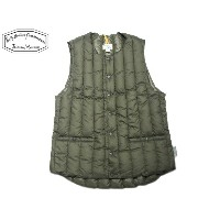 ROCKY MOUNTAIN FEATHERBED(ロッキーマウンテンフェザーベッド)/#450-512-22 SIX MONTH CREWNECK VEST/olive
