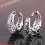 Aida Misa Amazing earrings!18k white gold plated huggie earring lady round crystal hoop earring for...