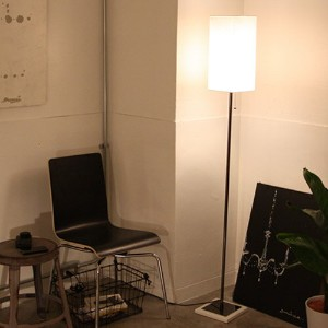 【1000円引クーポン有】Serie floor lamp white・black【TC】【DIC】【RCP】