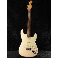 【ERNIE BALL4点セット付】【送料無料】Fender Japan Exclusive Classic 60s Stratocaster VWH (旧型番:ST62) 新品 ヴィンテージホワイト...