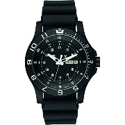 [トレーサー] Traser 腕時計 Men's P 6600 Type 6 MIL-G Black Rubber Black Dial Watch クォーツ 100325 【並行輸入品】