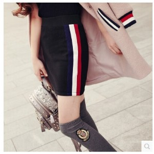 2016 Winter new European and American wild side red and white striped high waist pack hip skirt