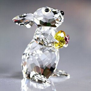 スワロフスキー 置物[Swarovski] 動物 Rabbit with Yellow Easter Egg #swv5274174