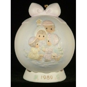 Peace on Earth Precious Moment Ornaments Special 1989 Issue by Precious Moments [並行輸入品]