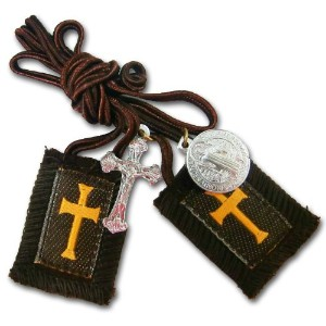 The Scaplar of Our Lady of Mount Carmel - Rusader Brown Wool W/Medal -