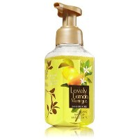 バス&ボディワークス Bath & Body Works ハンドソープ Gentle Foaming Hand Soap LOVELY LEMON MERINGUE [並行輸入品]