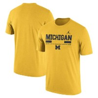 Michigan Wolverines Brand Jordan 2017 Staff Legend Dri-FIT Performance T-Shirt メンズ Heather Gold...
