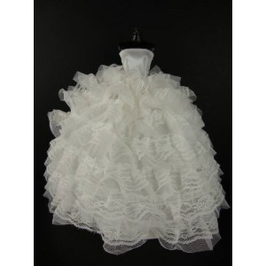 バービー 着せ替え用ドレス/服 W5 (Beautiful White Gown with Tons of Ruffles Ball Gown Made to Fit the Barbie Doll...