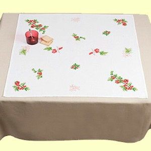 DMC クロスステッチ 刺繍(刺しゅう)テーブルクロス キットCurrants and Flowers Tablecloth