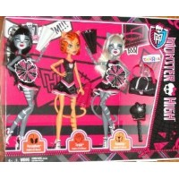 2013 EXCLUSIVE MONSTER HIGH DOLLS 3 PACK FEARLEADING WERECAT SISTERS PURRSEPHONE, TORALEI, MEOWLOD