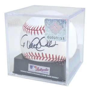 MLB ヤンキース デレク・ジーター 直筆サイン入りボール Official 2011 3000th Hit Commemorative Baseball With Sign Case