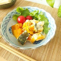 OUTLET アウトレット 渕波藍色市松×6丸紋 煮物浅鉢/和食器/美濃焼 / 532P17Sep16