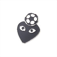 COMME des GARCONS(コムデギャルソン) HOLIDAY emoji PINS (ピンズ) SOCCER 290-004157-009+【新品】