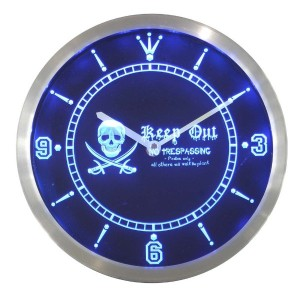 LEDネオンクロック 壁掛け時計 nc0390-b Pirates Keep Out No Trespassing Skull Head Bar Neon Sign LED Wall Clock