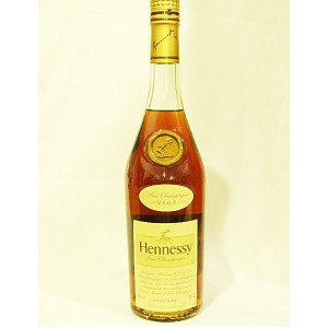 Hennessy V.S.O.P (正規品) 700ml 【10年 古酒】 40度 ヘネシー