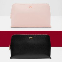 《TED BAKER》 LYNNER Mini Bow ポーチ 【送料・関税込み】 TED BAKER(テッドベイカー ) バイマ BUYMA