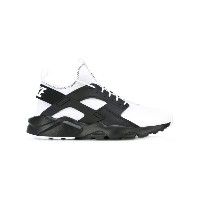 Nike Air Huarache Run Ultra SE スニーカー