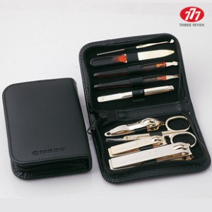 Three Seven 777 TS-800G Gold Color Nail Clipper Grooming Kit Set Travel case