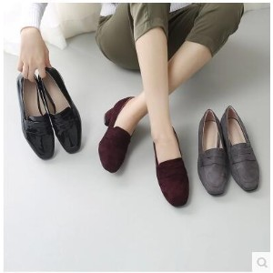 Square head Korean version of the shallow mouth with a small leather shoes with a single shoes
