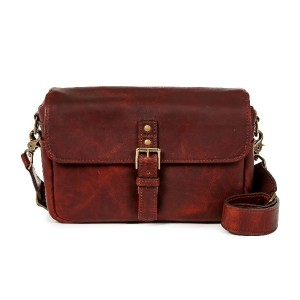 ONA カメラバッグ THE LEATHER BOWERY (Bordeaux) ONA5-014LBW 国内正規品
