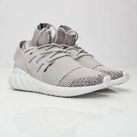 送料無料 店舗限定 海外限定 日本未発売 men's メンズ adidas Tubular Doom Primeknit Clear Granite Vintage White Core Black...