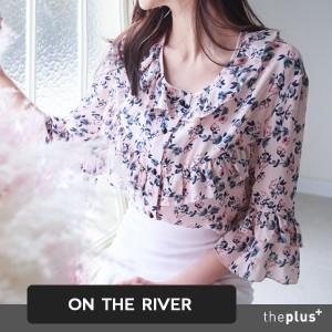 ★ ontheriver ★Romantic flower blouse / Summer blouse / ruffle / Korean Fashion