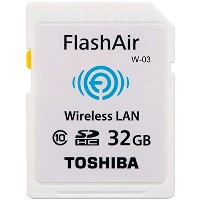東芝 TOSHIBA 日本製 無線LAN搭載 FlashAir 最新世代 Wi-Fi SDHCカード Class10 並行輸入品 [並行輸入品]