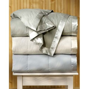 Pacific Coast Satin Trim Down Blanket King Size - Cream by Pacific Pillows [並行輸入品]
