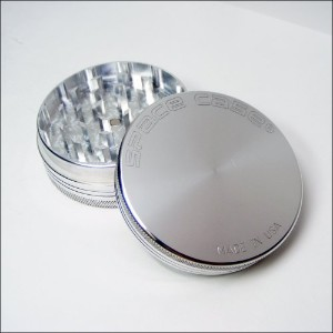 SPACE CASEテつョ Grinder Magnetic 2 Pc. Medium + Cali Crusherテつョ Pollen Press (SCM-2(M)+CCP) by Space...
