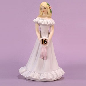 Growing up Girls from Enesco Musical Blonde Age 16 Figurine 7.5 IN by Enesco [並行輸入品]