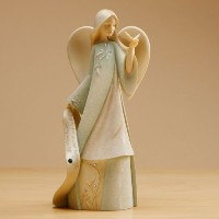 Enesco Foundations May Monthly Angel Figurine, 7-1/2-Inch by Enesco Gift [並行輸入品]