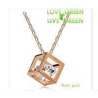 Top High Quality Crystal 18k Gold Plated Big Real Zriconia Love Cube Pendant Necklace Fashion...
