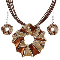 Ethnic Round Pendant Necklace With Drop Earrings