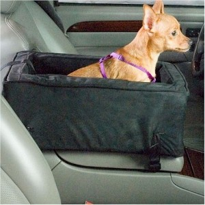 Snoozer Luxury Console Pet Car Seat, Small Luxury, Hot Fudge/Cafe by Snoozer