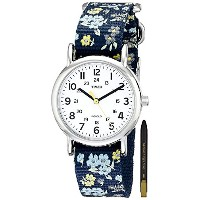 Timex Woman's T2P370 Weekender Blue Floral Slip-Thru Nylon Strap Watch [海外直送品] + 無料ギフト(ボールペン) ...
