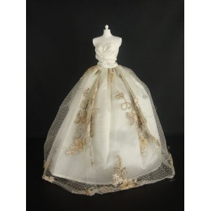 バービー 着せ替え用ドレス/服 W12 (Ivory Strapless Ball Gown with Brown Lace Accents on the Botice Made to Fit...