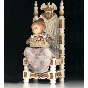 *リヤドロ VALENCIAN GIRL WITH BASKET 01001398 LLADRO 日本未発売 □