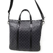 【LOUIS VUITTON】ルイヴィトン『ダミエ グラフィット タダオ』N51192 メンズ 2WAYバッグ 1週間保証【中古】b03b/h20A