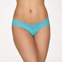 Hanky Panky(ハンキーパンキー)Signature Lace *Petite Size* Low Rise Thong(サイズ0-4)CALY [並行輸入品]