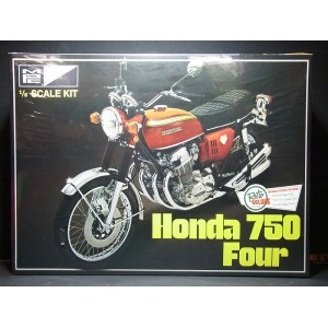 Honda ドリーム CB750 Four【MPC 1/8】