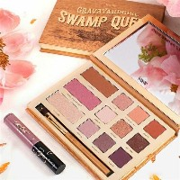 Swamp Queen Grav3yardgirl 12 color eyeshadow palette with blush eyeshadow palette