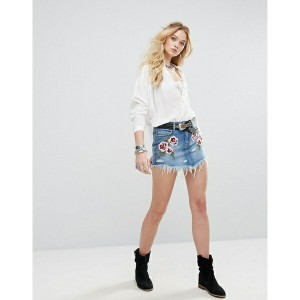 フリーピープル レディース スカート ボトムス Free People Wild Rose Embroidered Mini Denim Skirt Lt denim